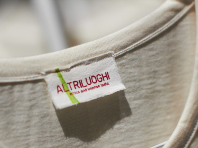 altriluoghi recycled label