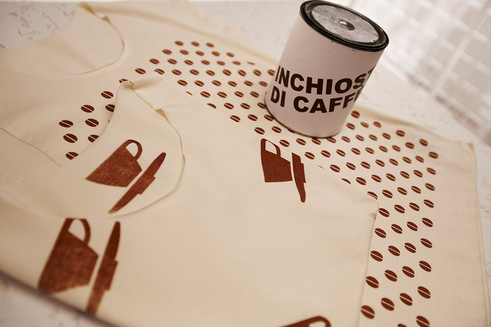 espresso italiano Caffè T-shirt Altriluoghi cotone biologico